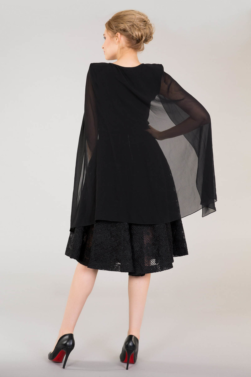 GIZIA - Sleeveless Black Blouse With Tulle Cape Detail