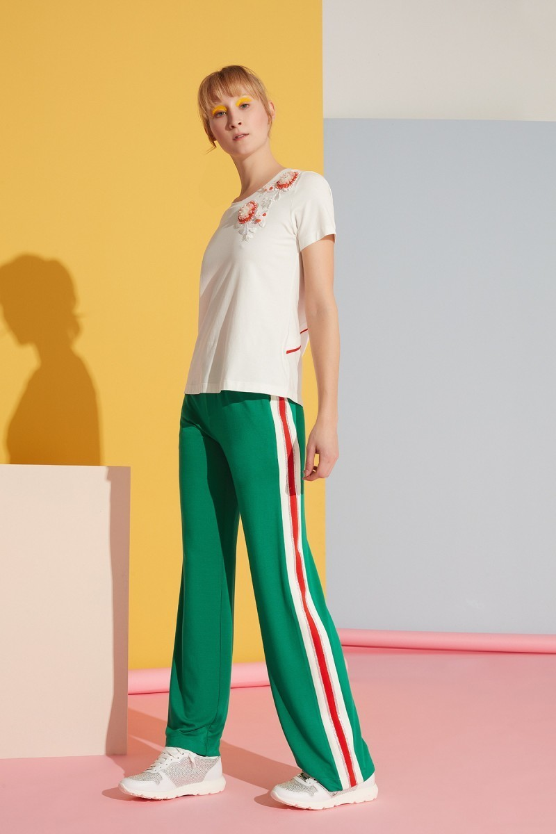 Beyaz Şerit Detaylı Yeşil Spor Pantolon