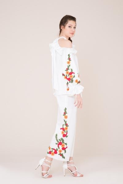 GIZIA - Nakış Detaylı Beyaz Bluz