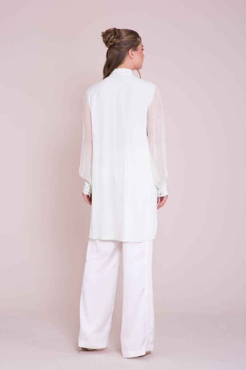 Yaka Ve Manşet İşlemeli Büyük Beden Beyaz Tunik