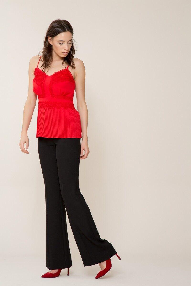 Dantel Detaylı Kırmızı Askılı Bluz