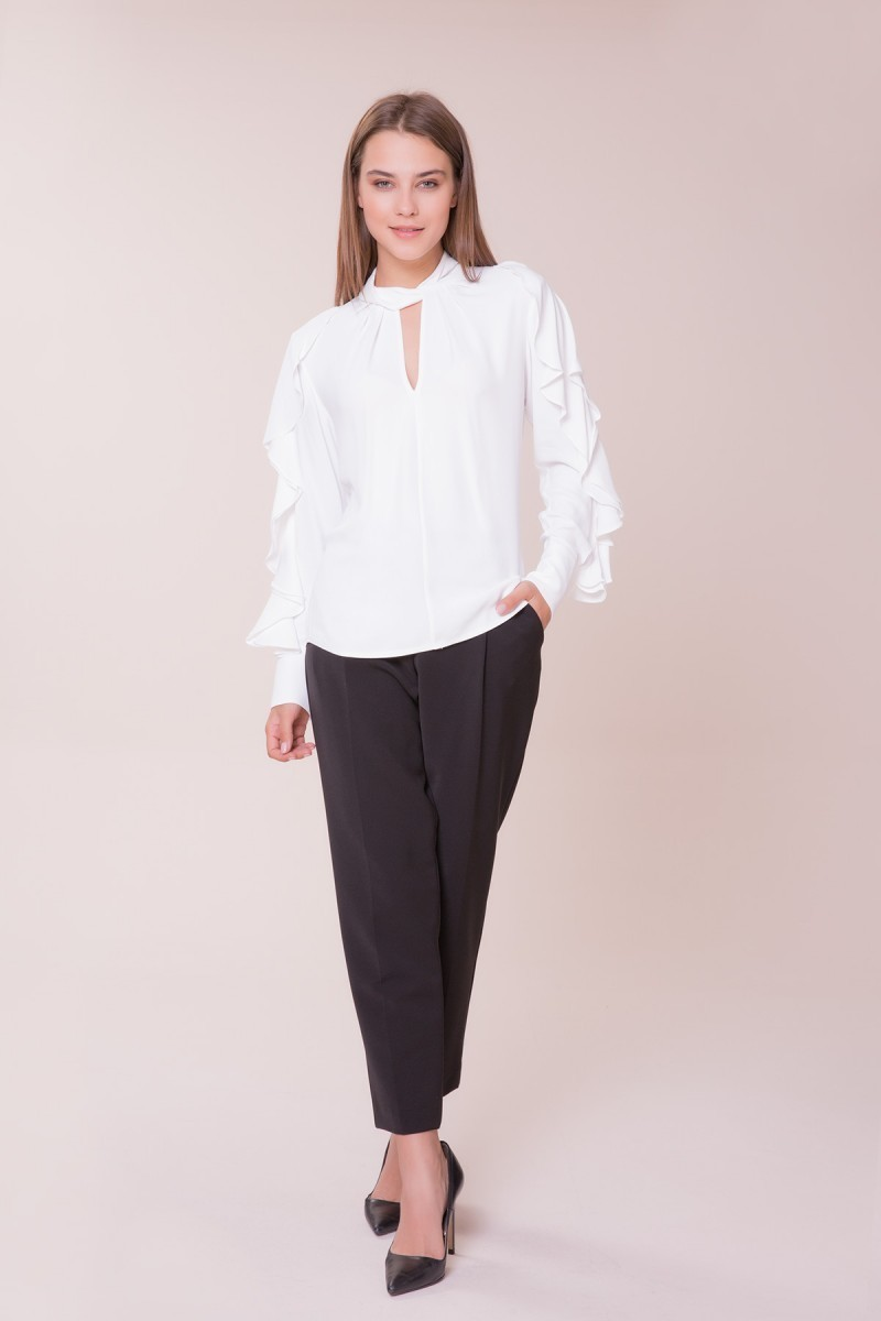 GIZIA - Kol ve Yaka Detaylı Bluz