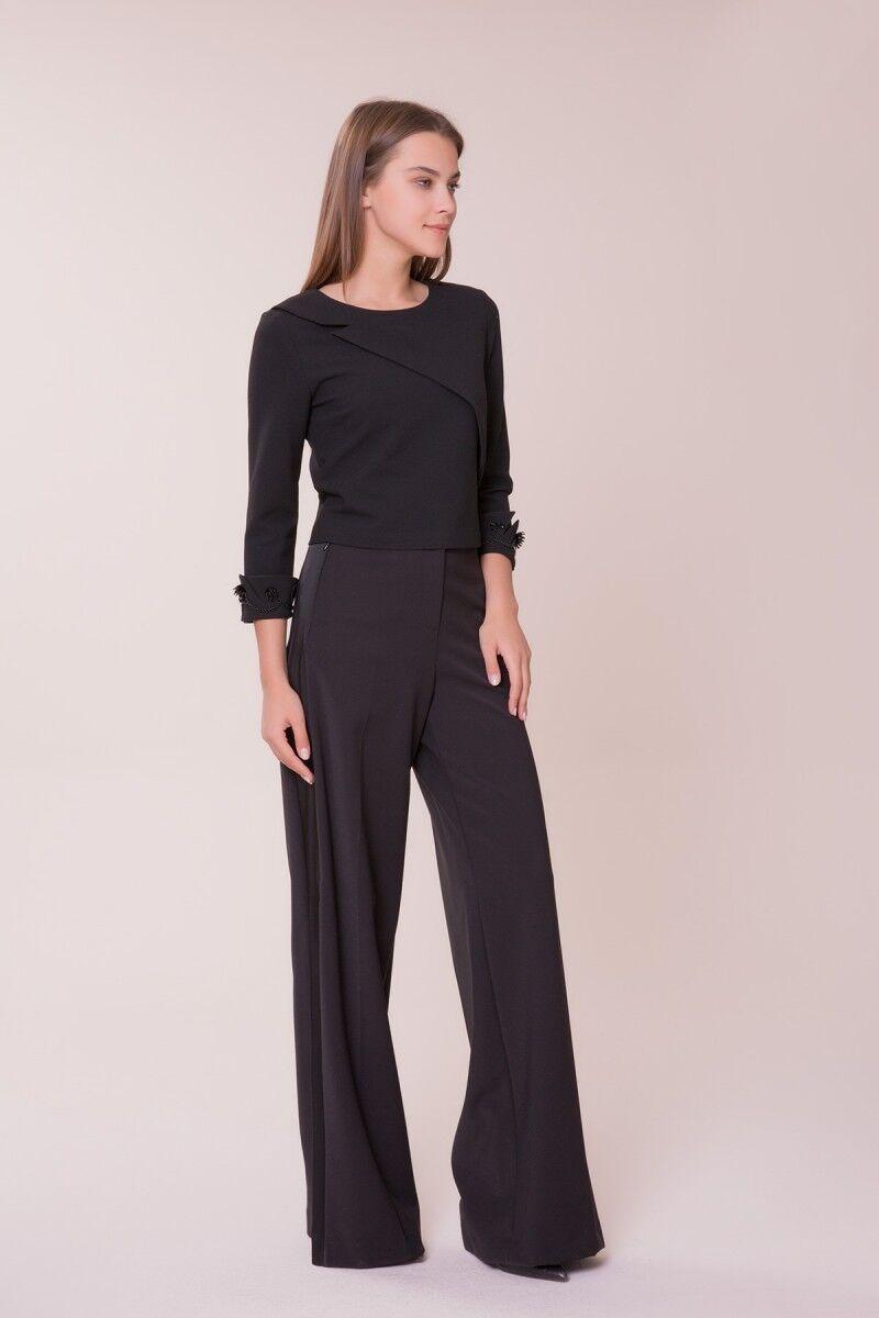 Bilek Detaylı Siyah Bluz