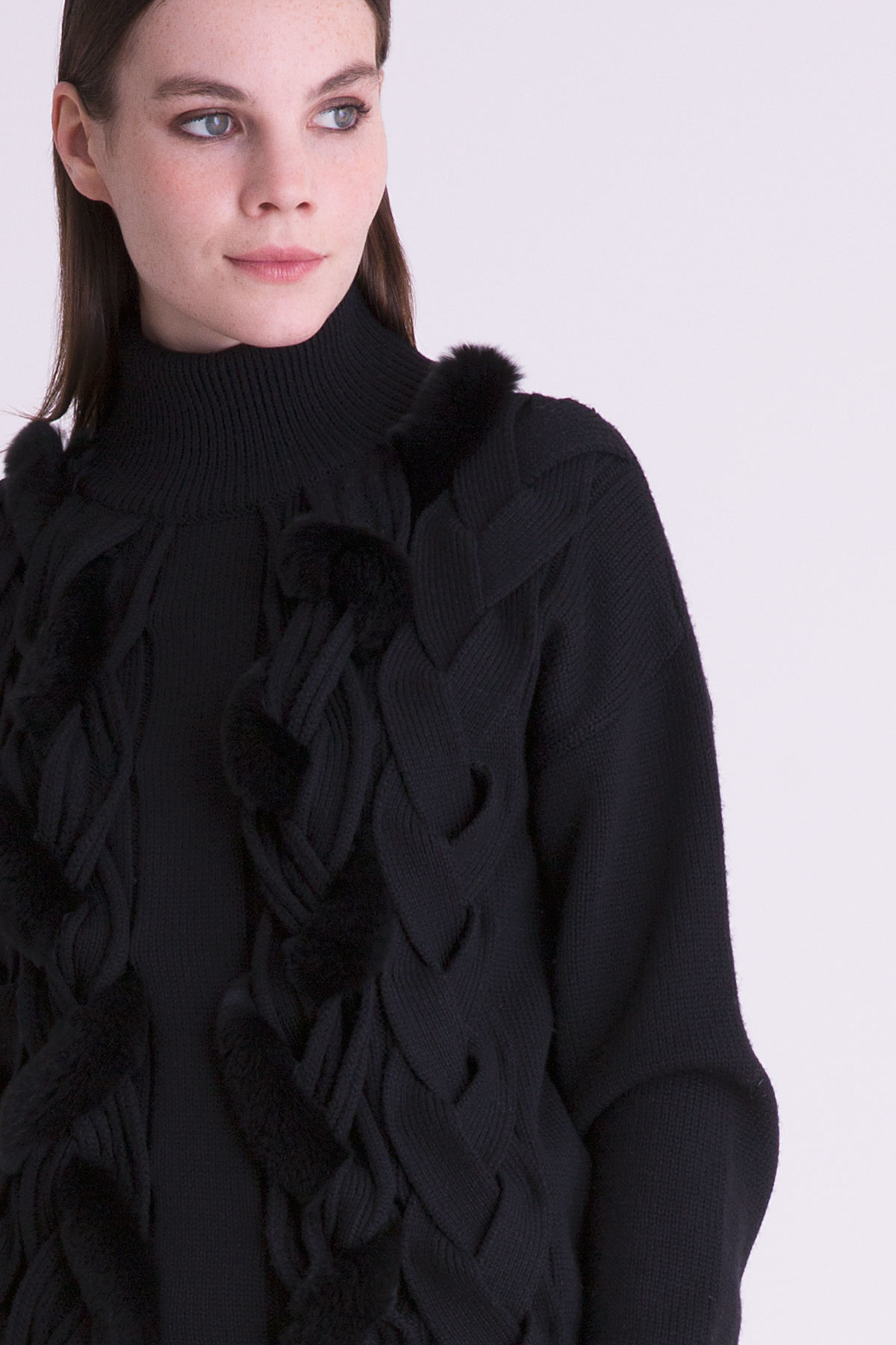 Siyah Triko Boğazlı Bluz