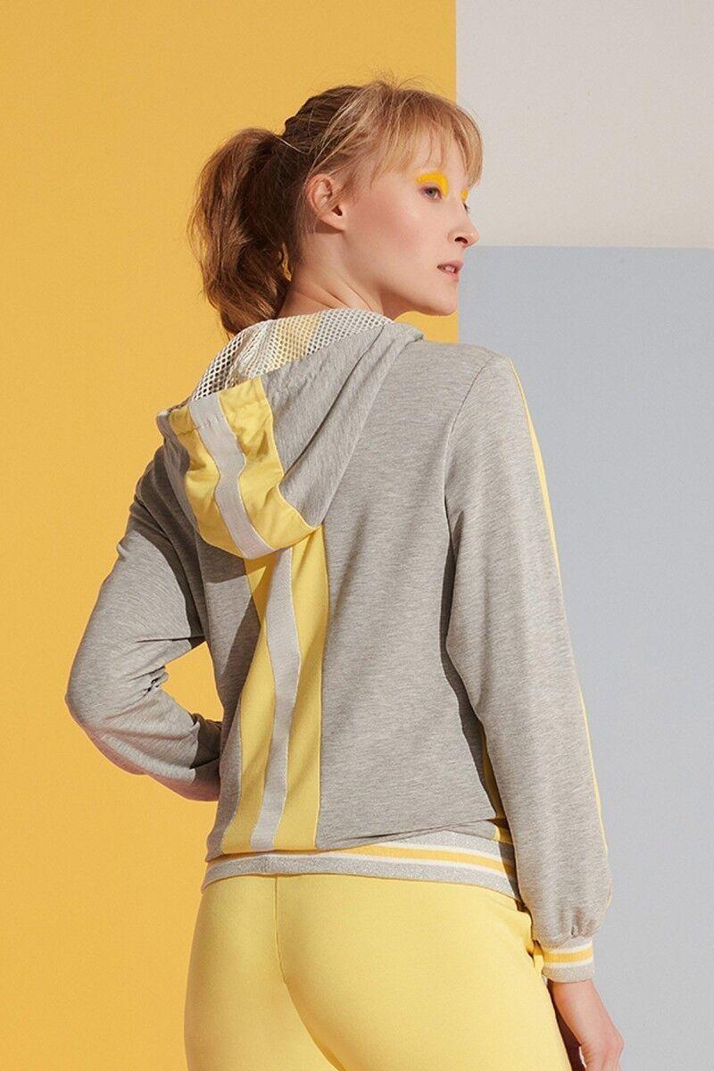 Sarı Şerit Detaylı Kapüşonlu Gri Spor Üst