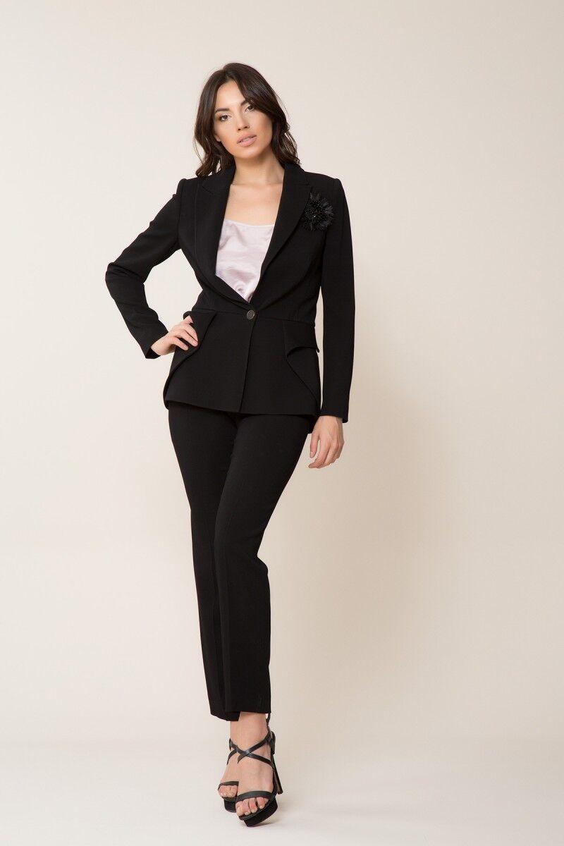 GIZIA - Broş Detaylı Siyah Ceket