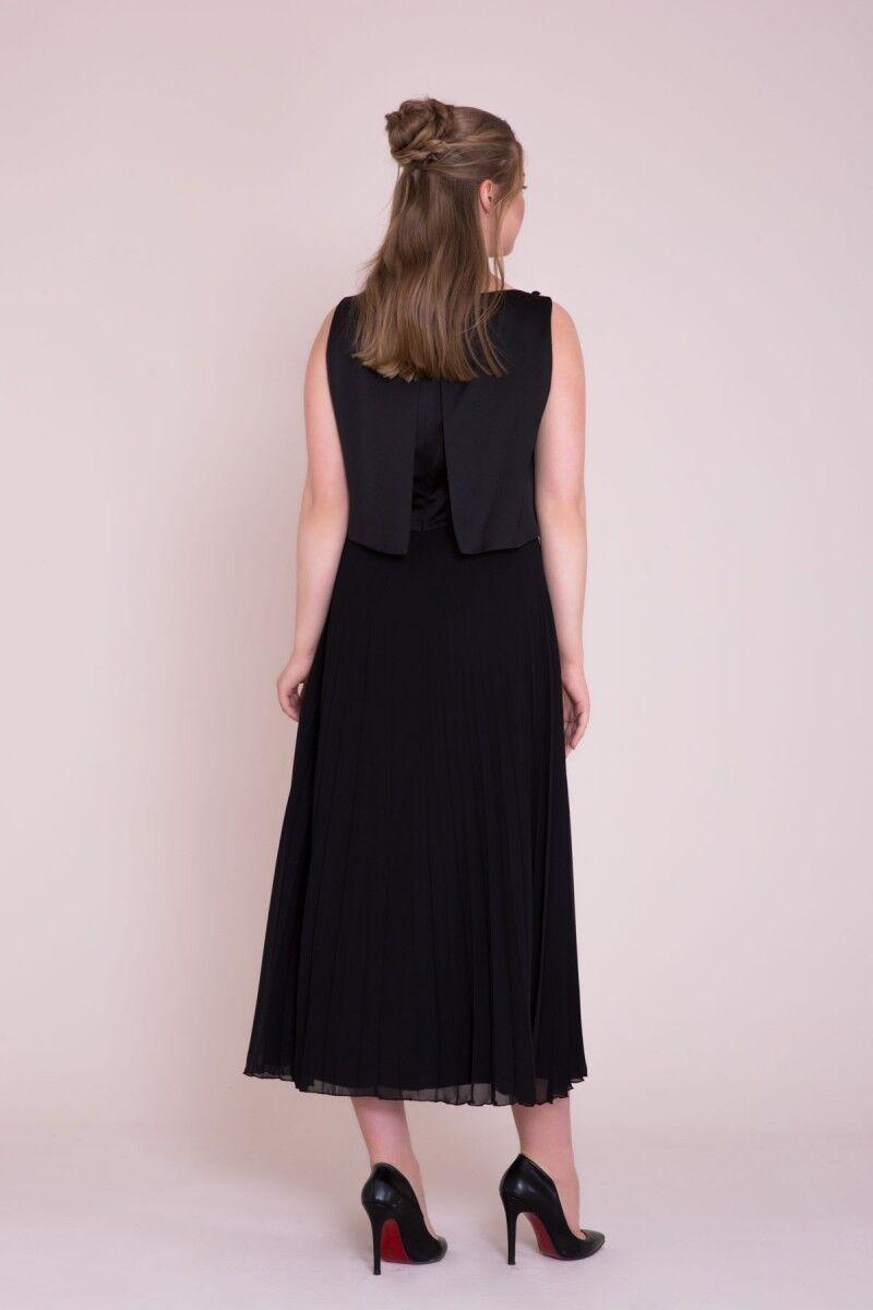 Siyah Piliseli Büyük Beden Midi Elbise