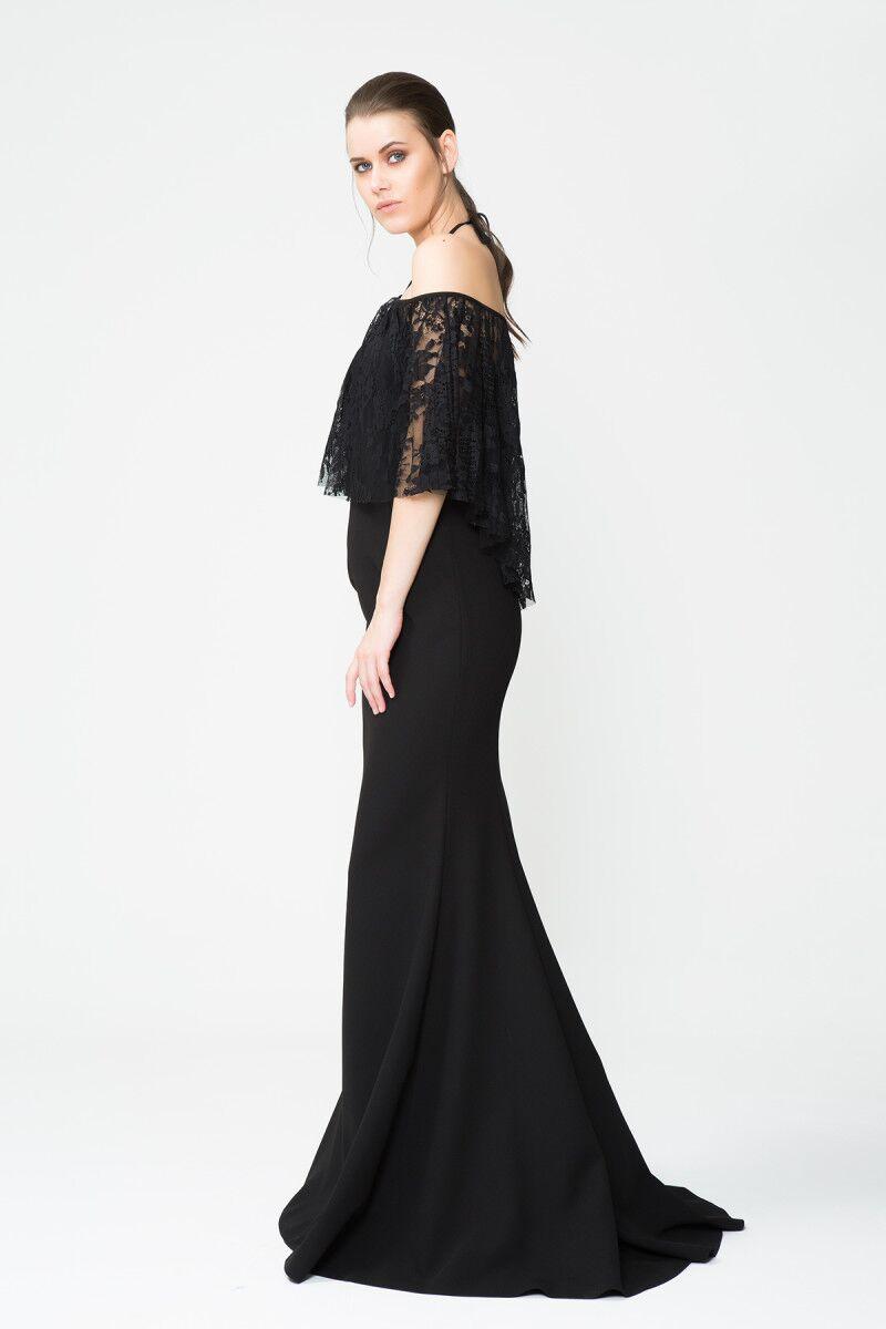 Boyundan Bağlamalı Tül Detaylı Uzun Siyah Davet Elbisesi