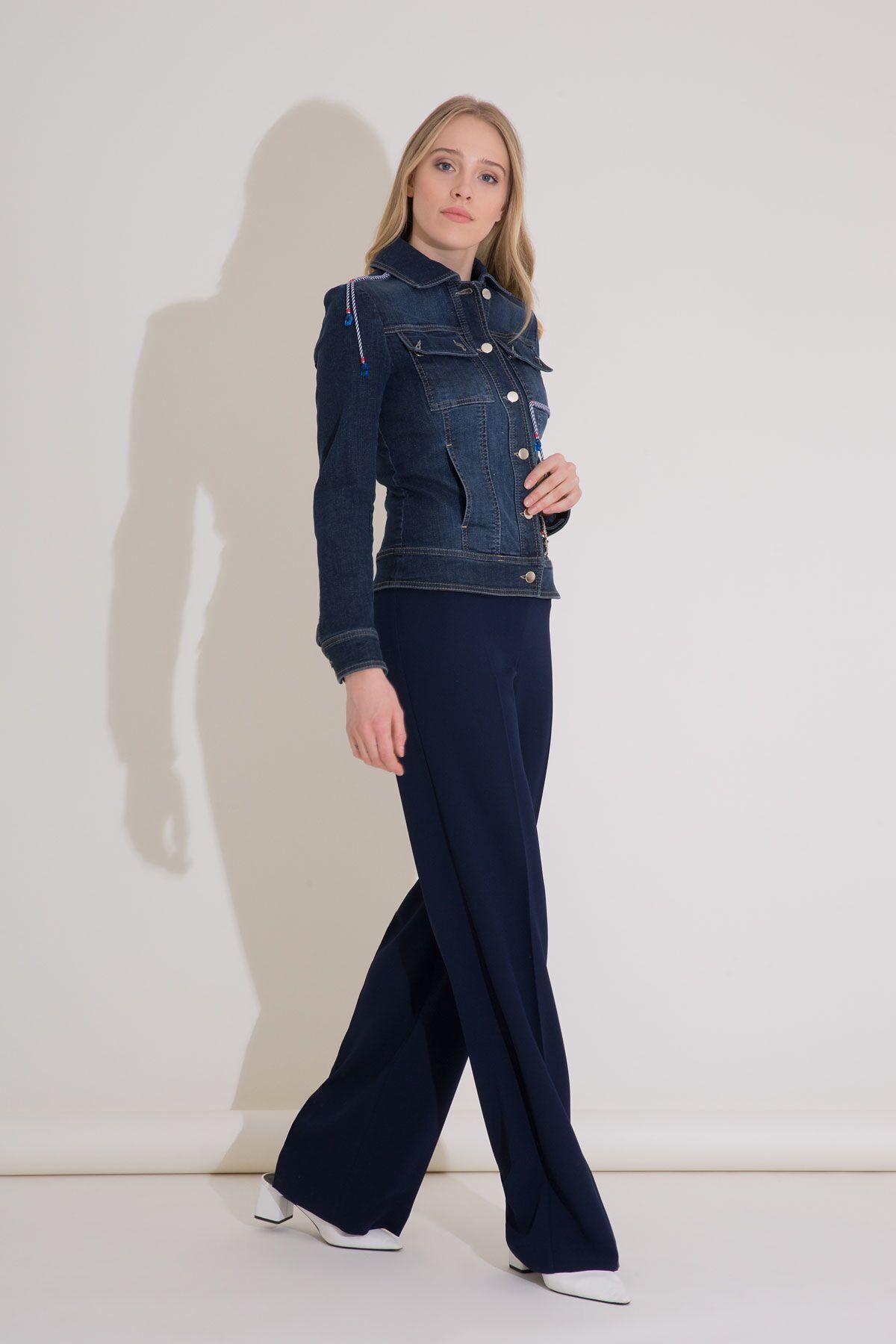 Arma Detaylı Halat Aksesuarlı Lacivert Jean Ceket