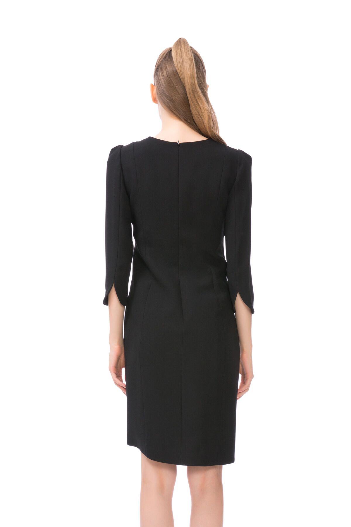 Bel İşleme Detaylı Truvakar Kol Siyah Mini Elbise