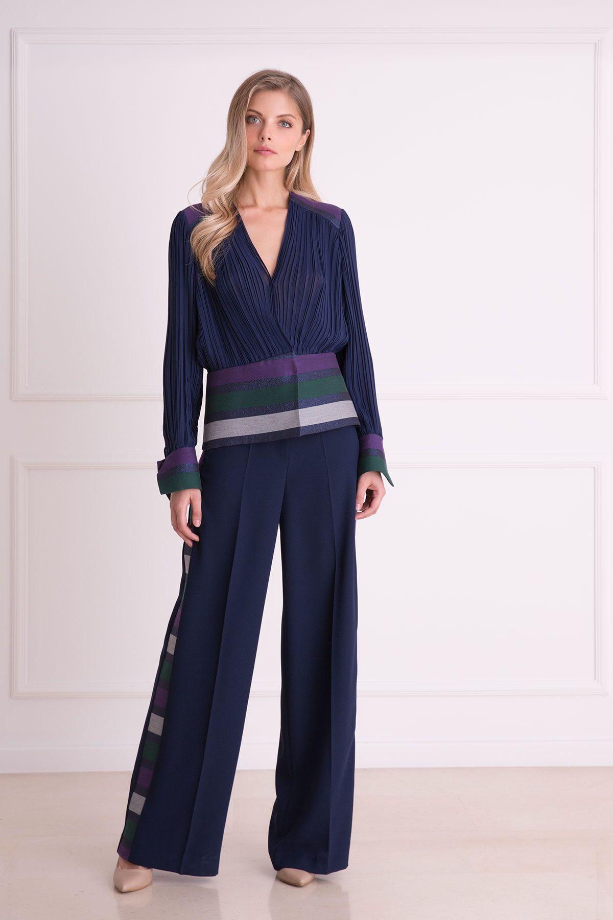 Bol Paça Çizgi Detaylı Lacivert Kumaş Pantolon