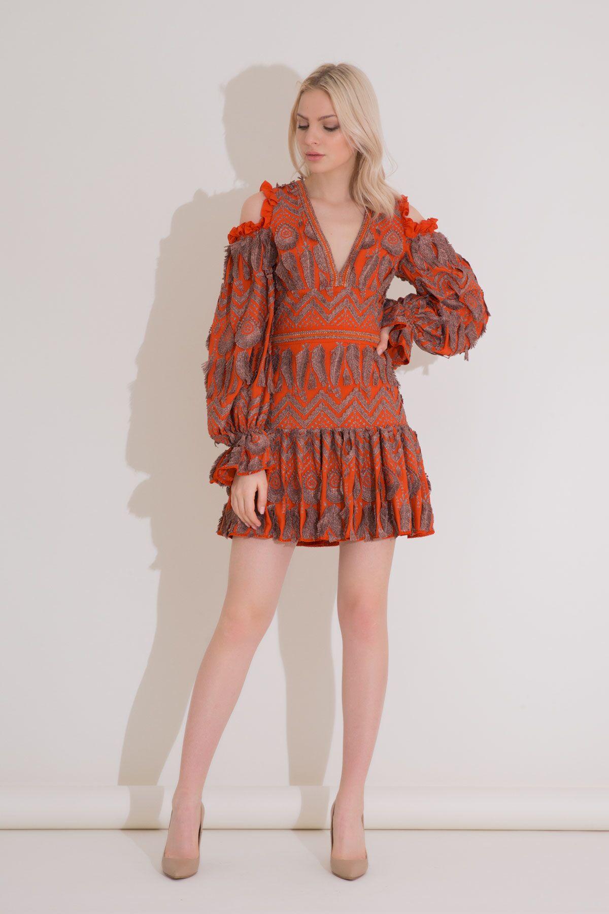 Büzgü Kollu Fırfırlı Turuncu Mini Brode Elbise