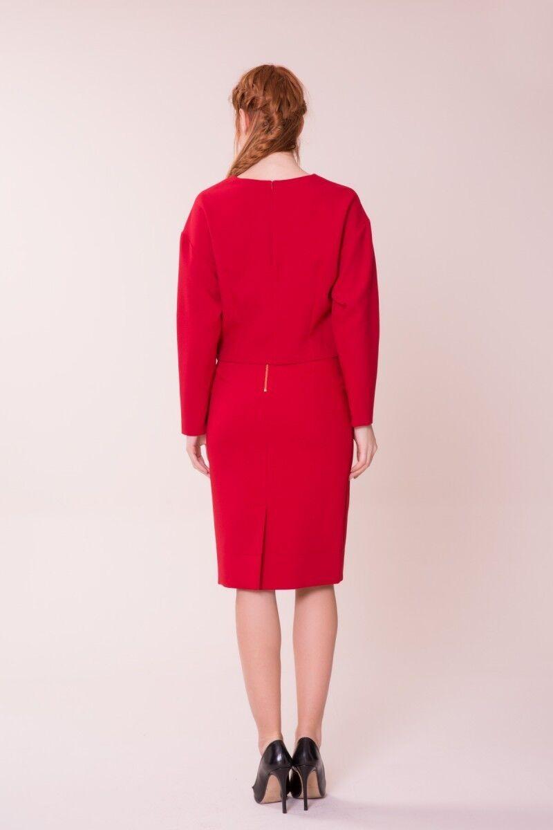 Broş Detaylı Kırmızı Bluz