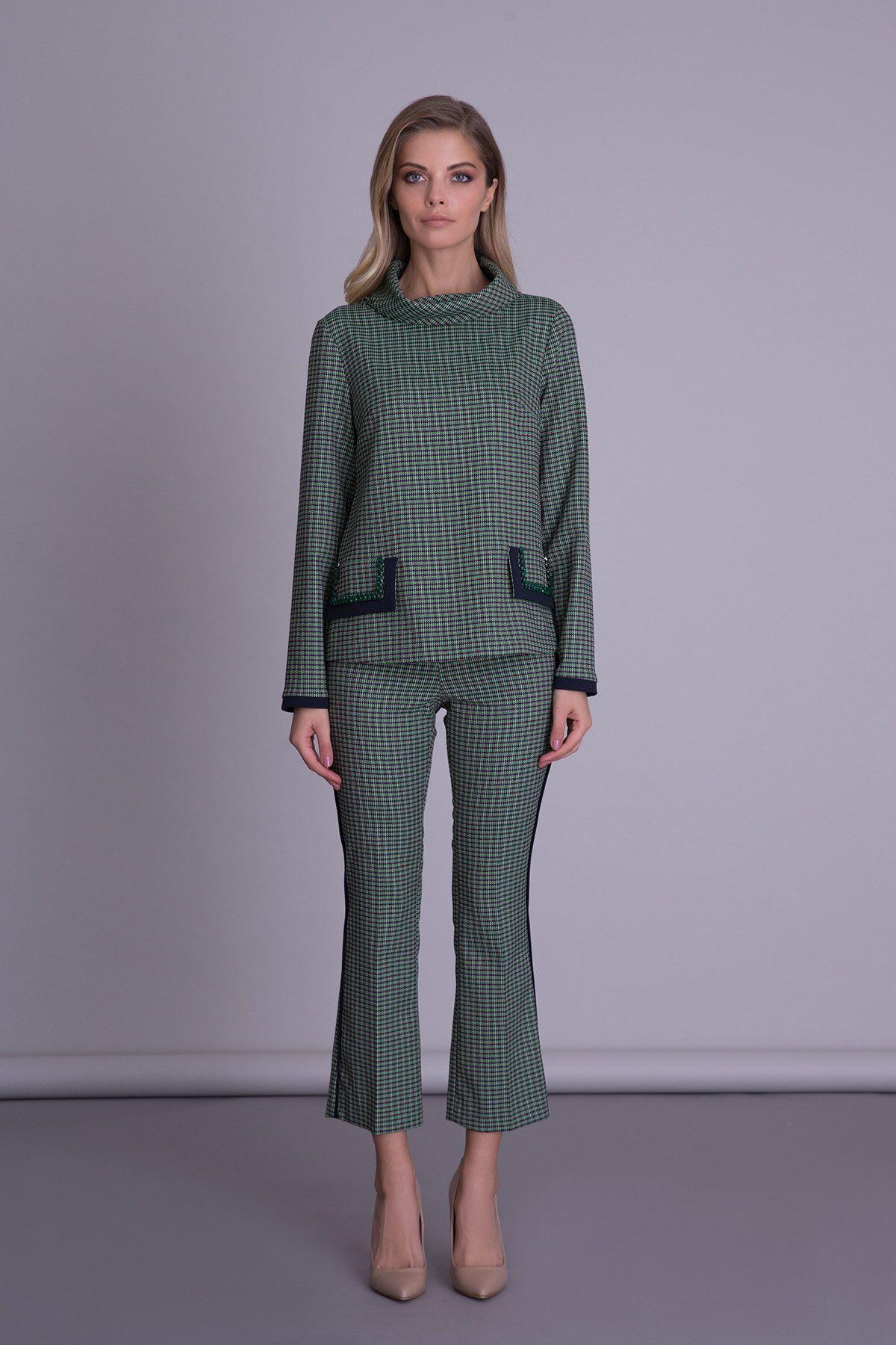 Check Capri Green Women Pants