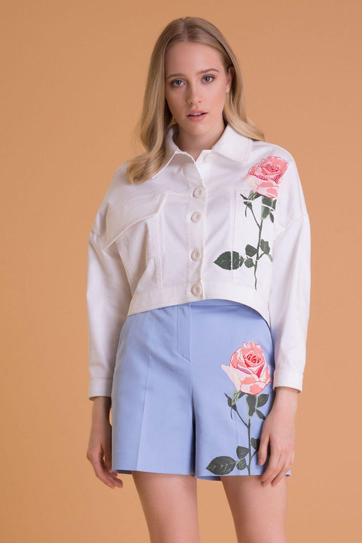Çiçek Baskılı Kırık Beyaz Kısa Ceket