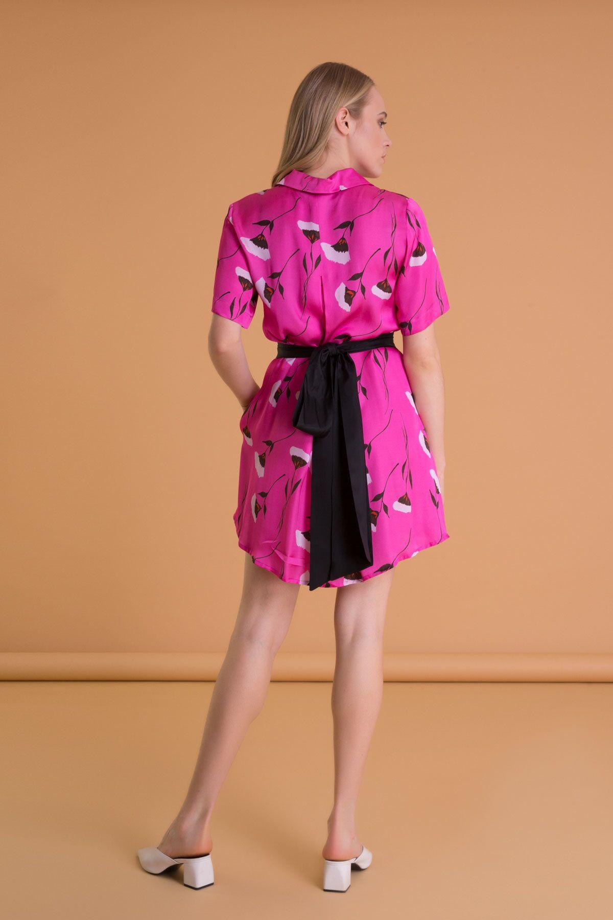 Çiçek Desenli Kuşaklı Fuşya Mini Elbise