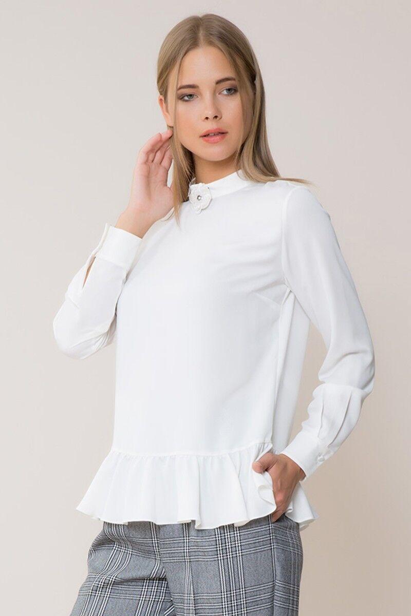 Çiçek Detaylı Beyaz Bluz