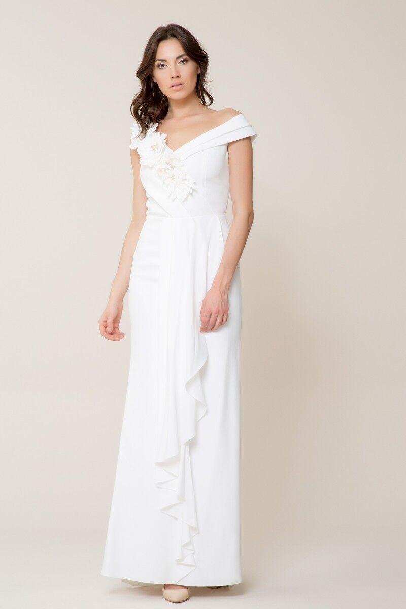 Çiçek Detaylı Beyaz Uzun Elbise