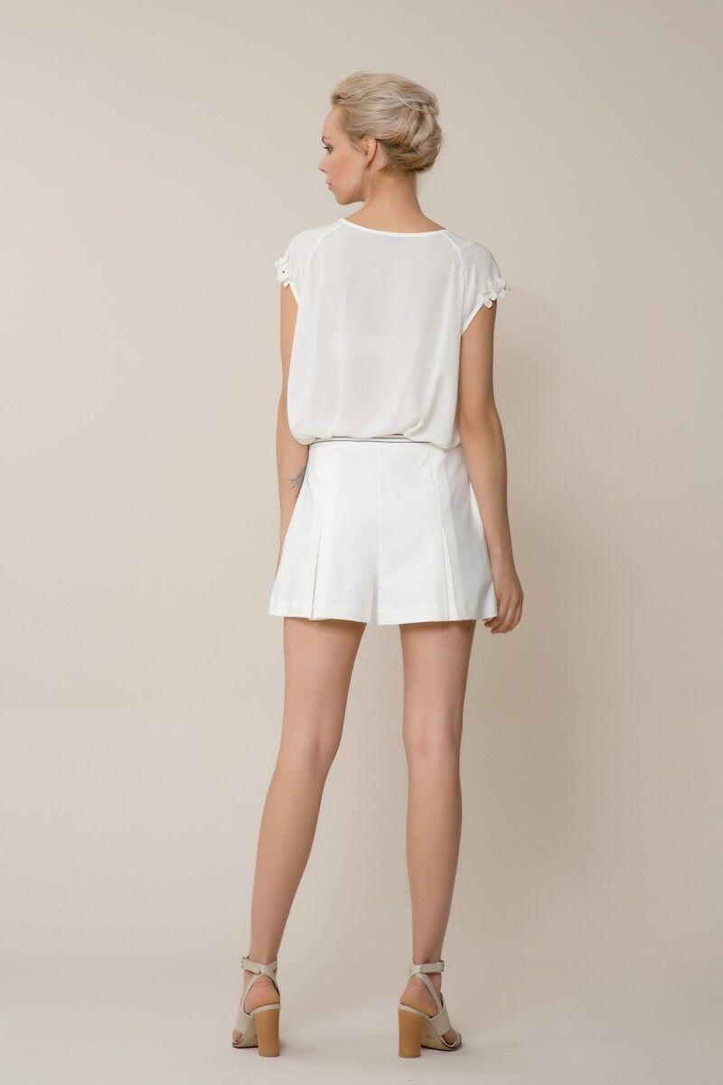 GIZIA CASUAL - Çiçek Detaylı V Yaka Beyaz Bluz