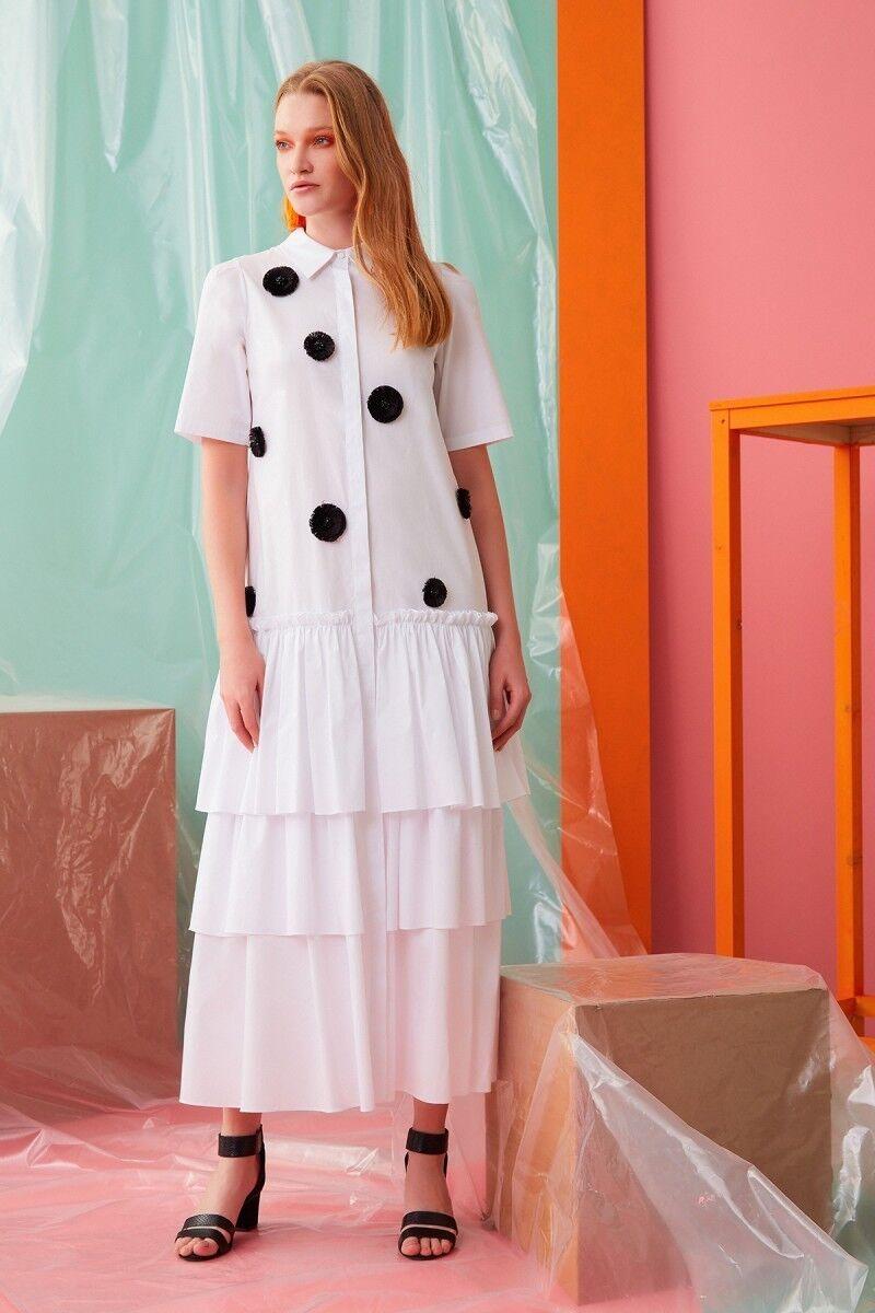 Çiçek İşlemeli Beyaz Elbise