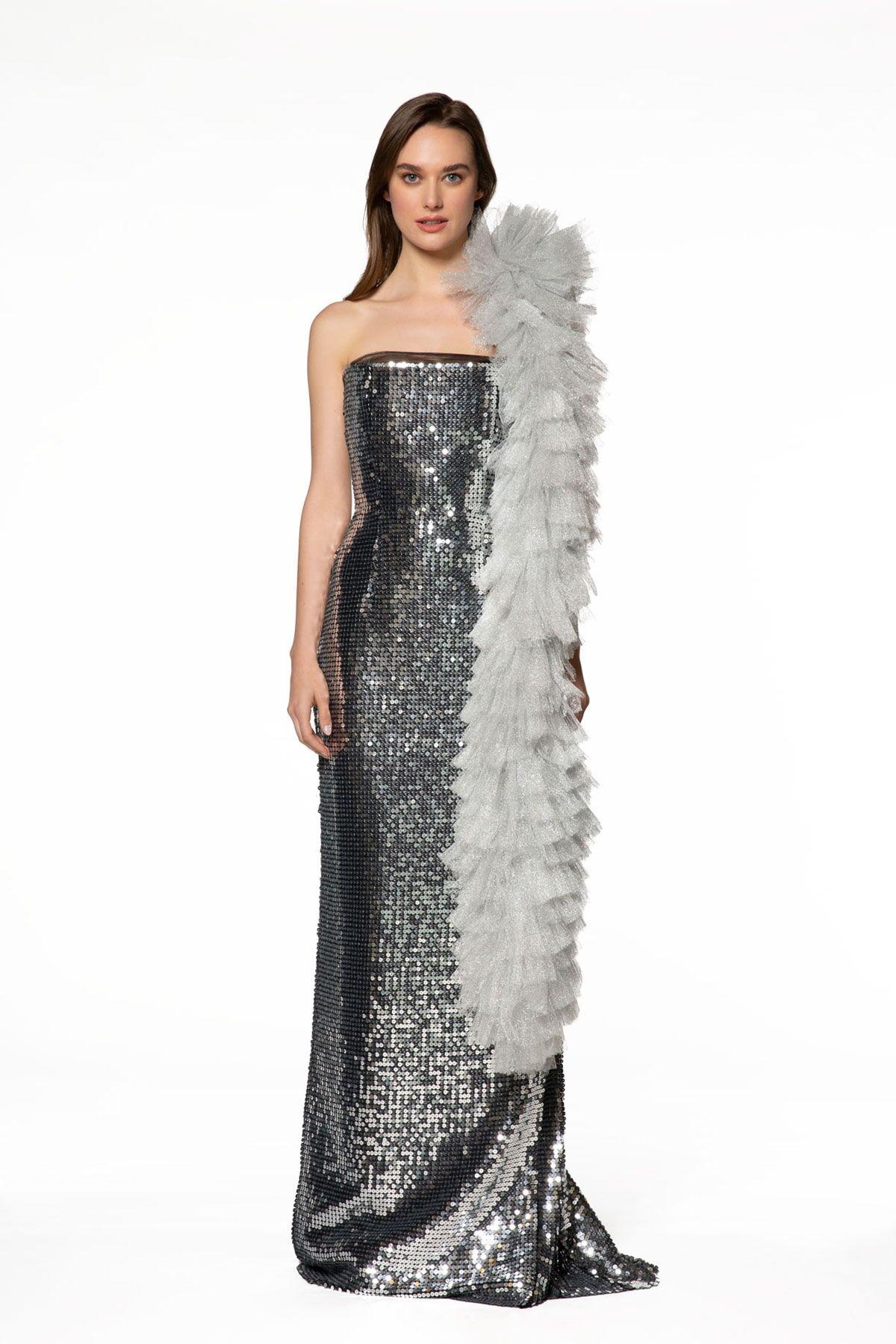 Çıkarılabilir Tül Aksesuar Detaylı Pul Payet Elbise