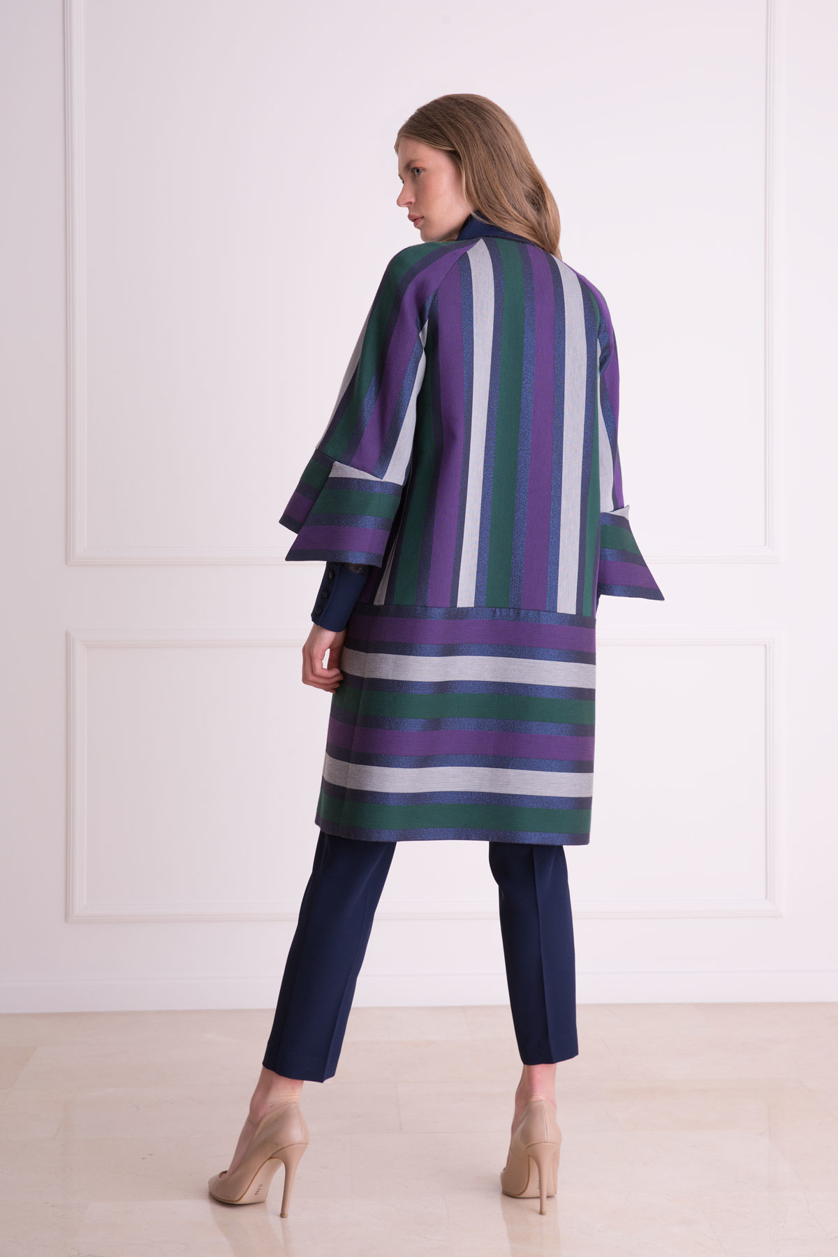 Çizgi Desenli Lacivert Uzun Kumaş Ceket