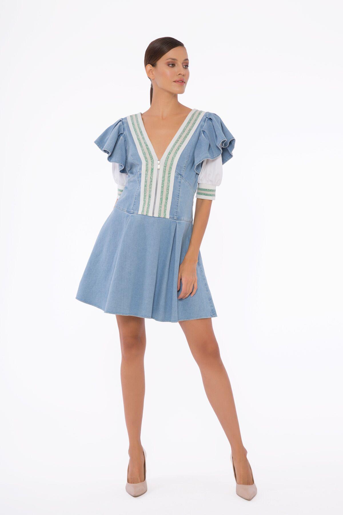 Çizgi Ve Omuz Detaylı, V Yaka Mini Elbise