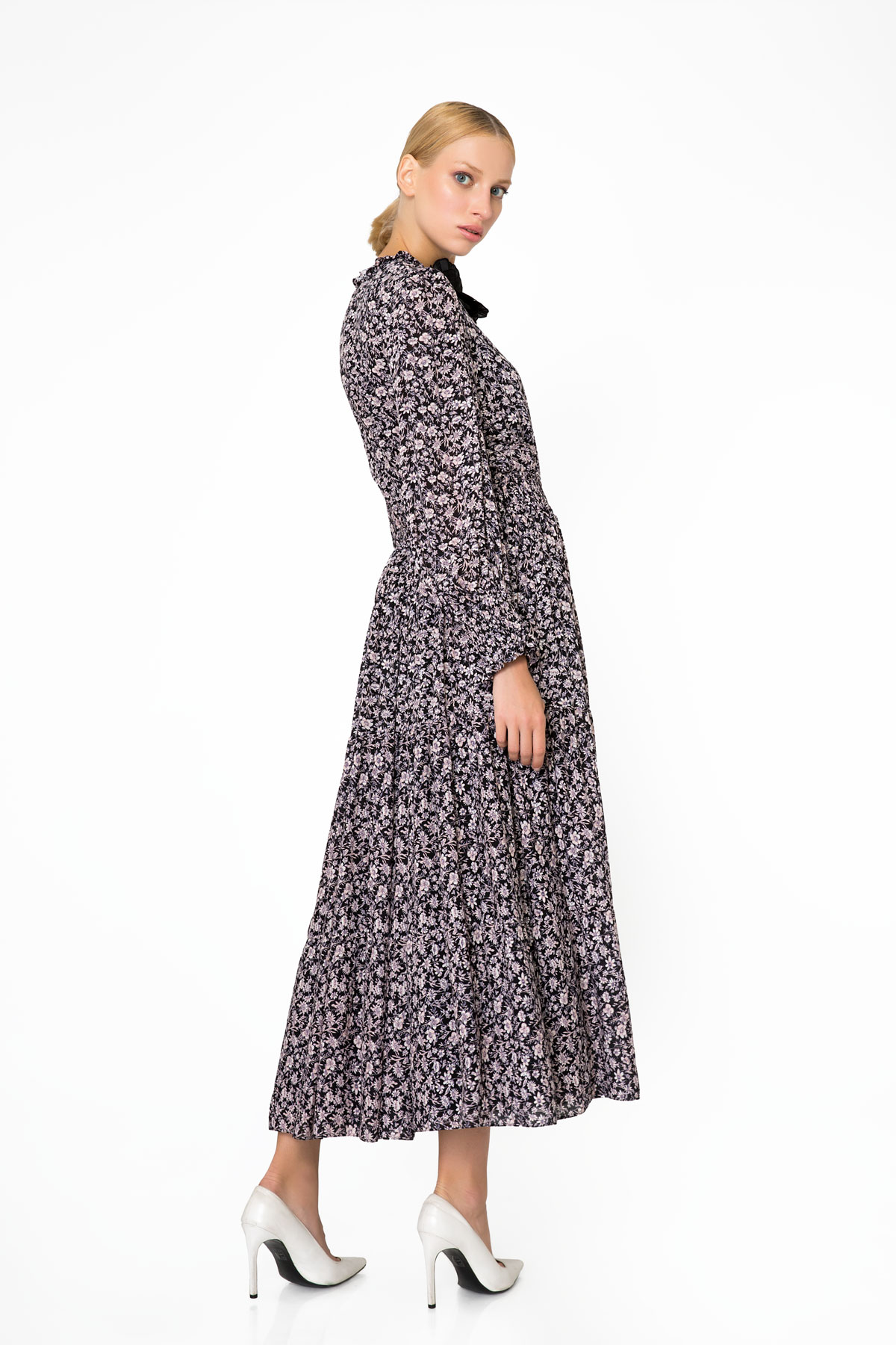 Collar Applique Detailed Flower Patterned Long Dress with Pockets