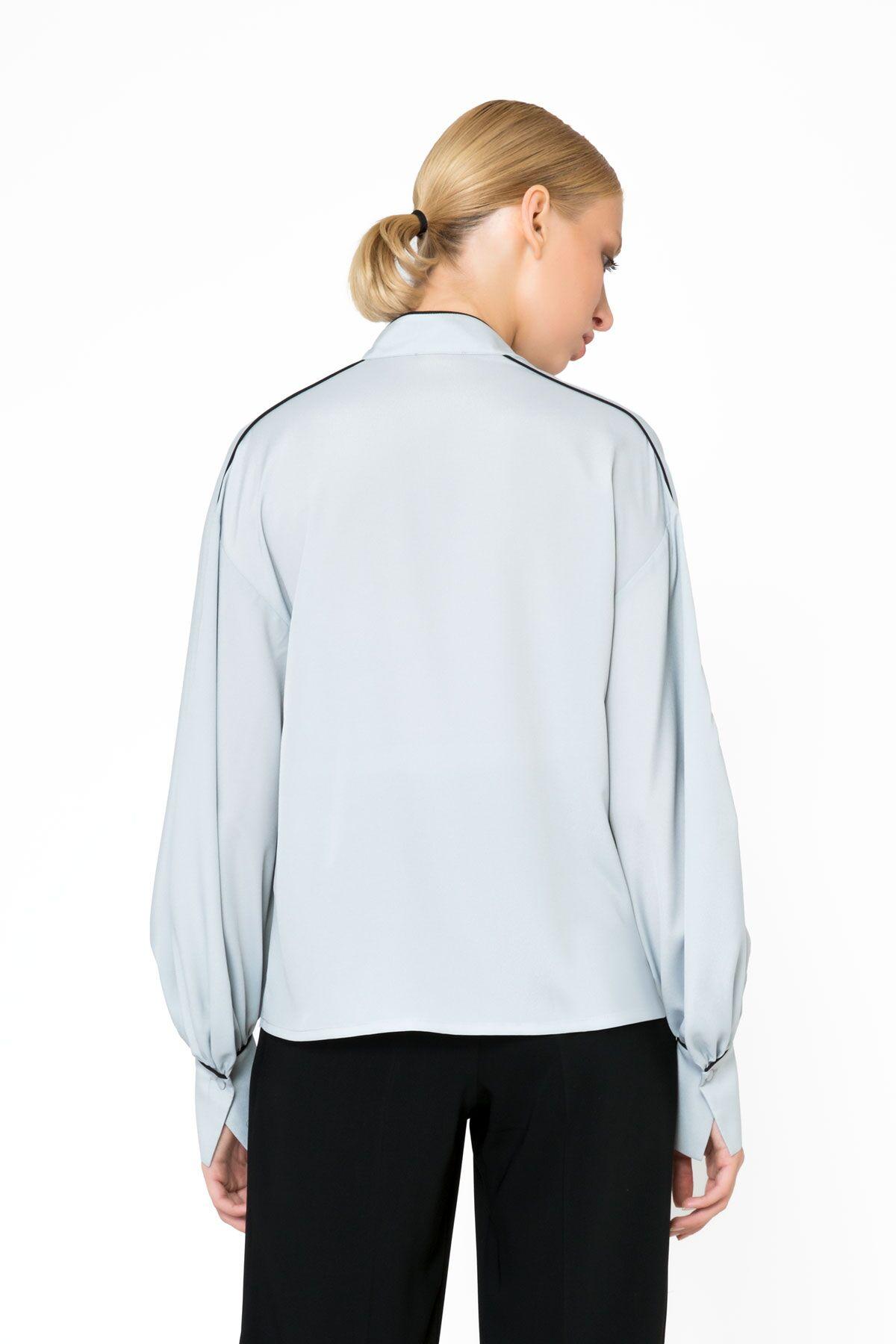 Collar Applique Detailed Gray Blouse