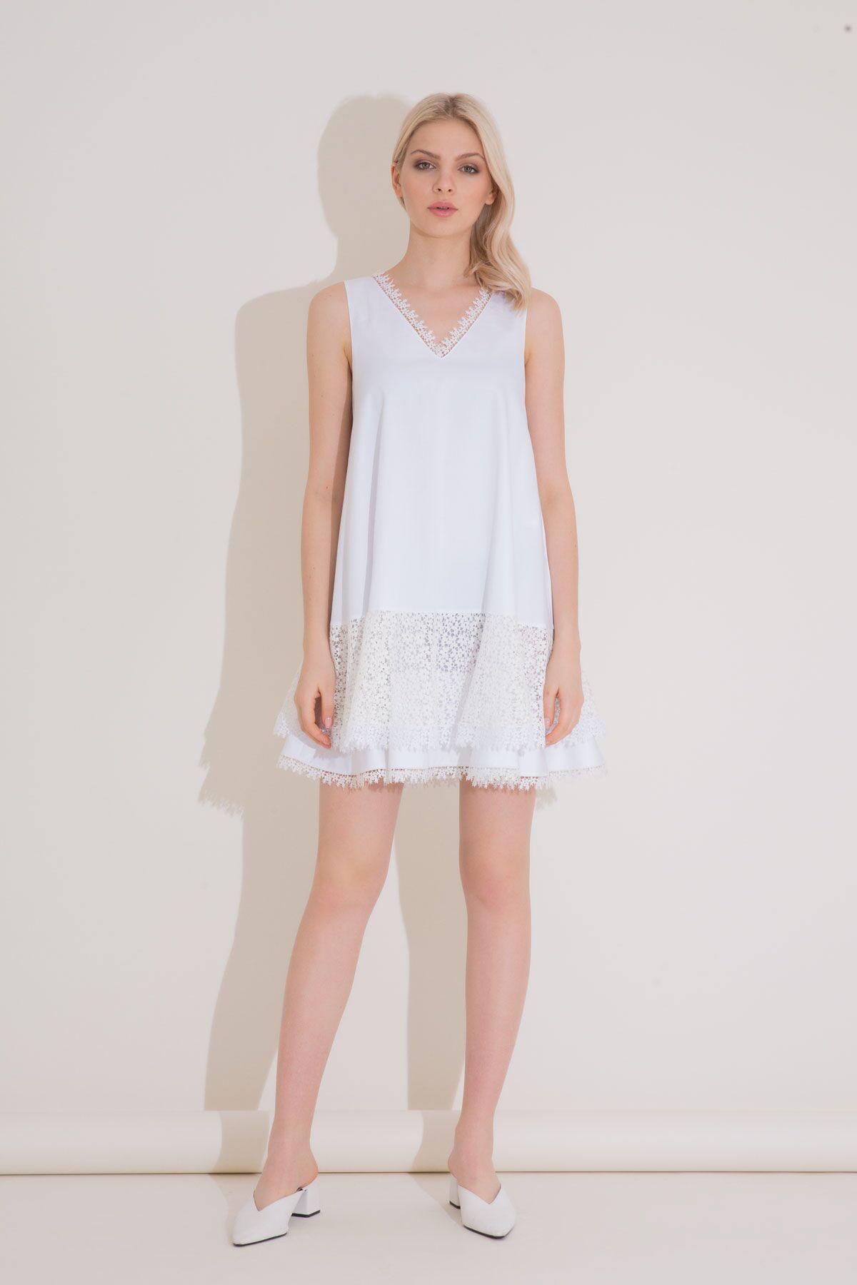 Dantel Garnili V Yaka Beyaz Kısa Elbise
