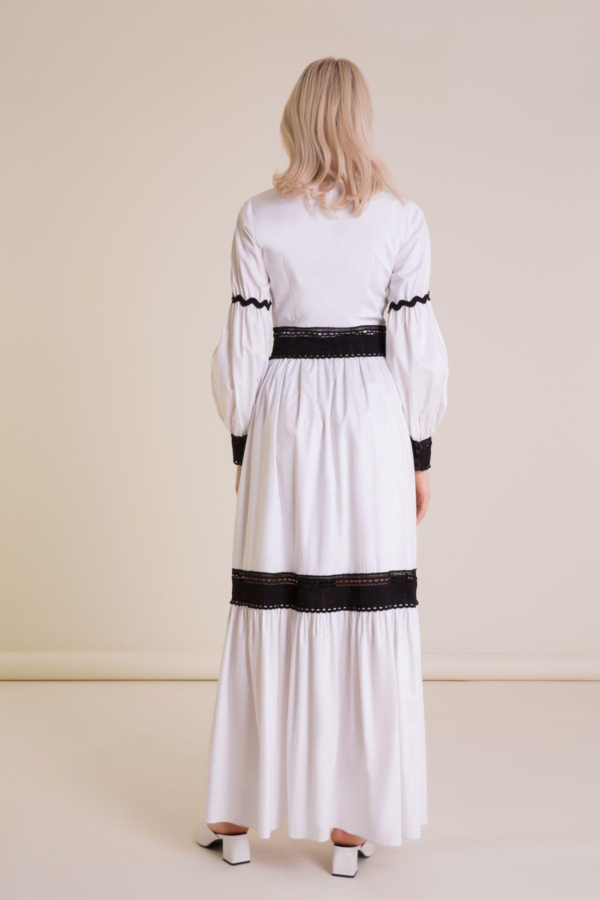 Dantel Şerit Detaylı V Yaka Beyaz Uzun Elbise