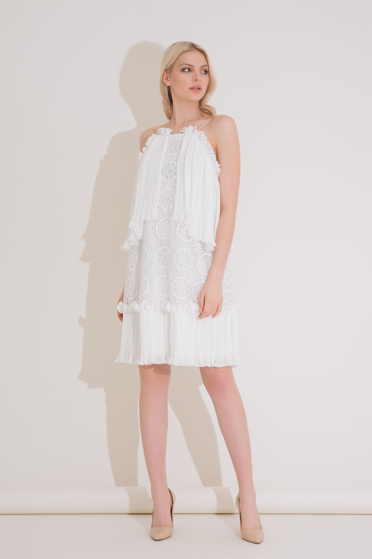 Dantel Detaylı Askılı Mini Elbise