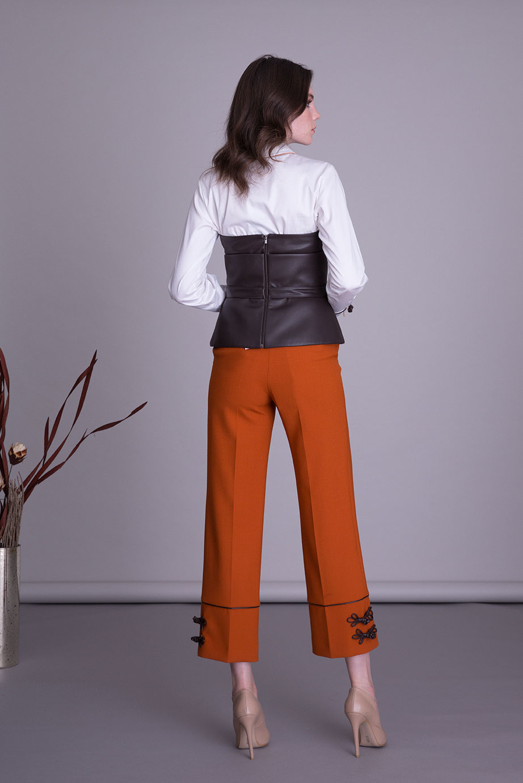 Deri Aksesuarlı Bol Paça Turuncu Kumaş Pantolon
