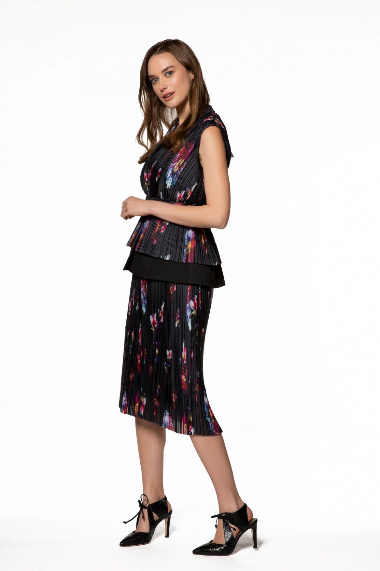 Desenli, V Yaka Midi Elbise
