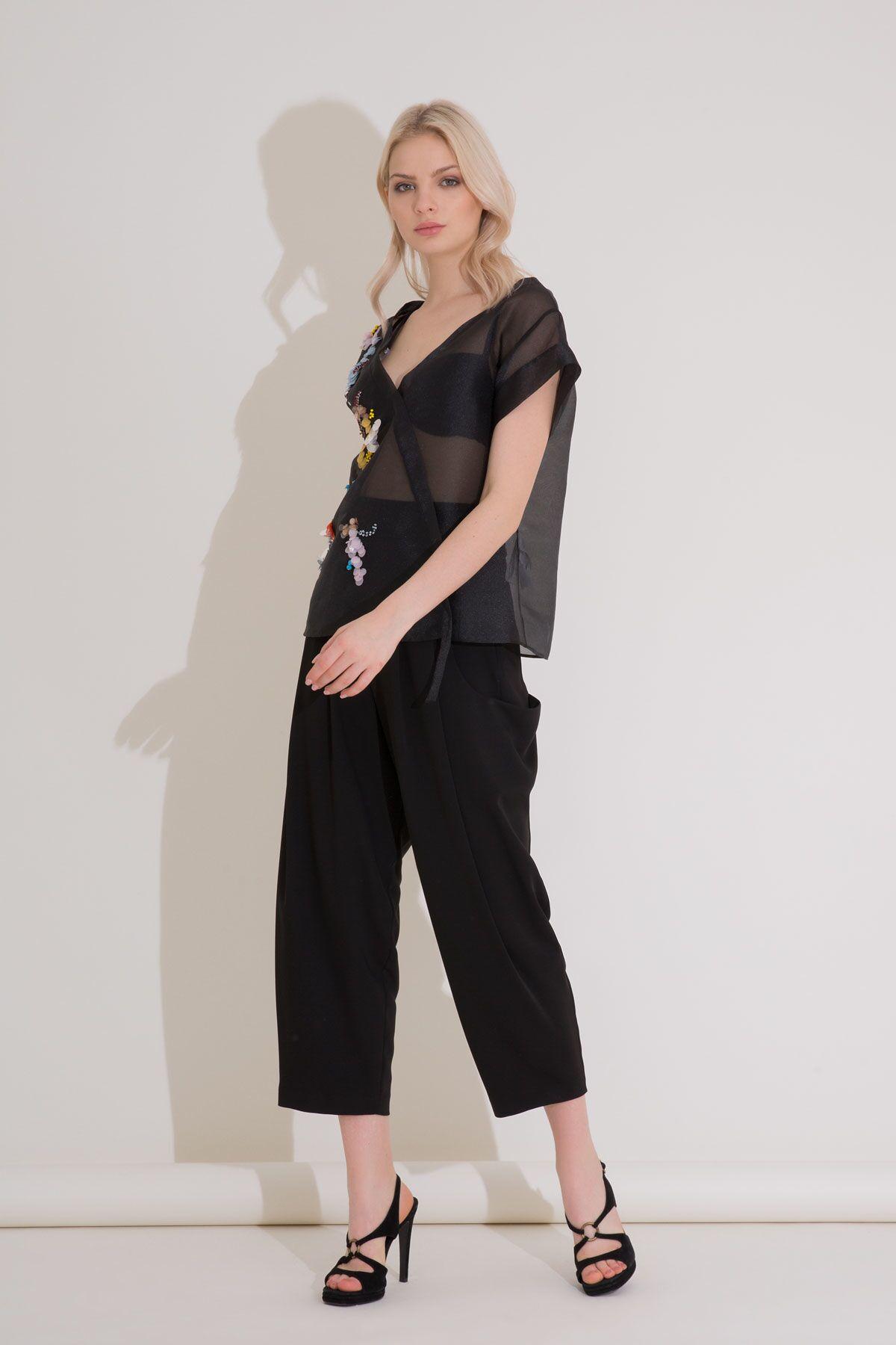 Düşük Cepli Pilili Siyah Kumaş Pantolon