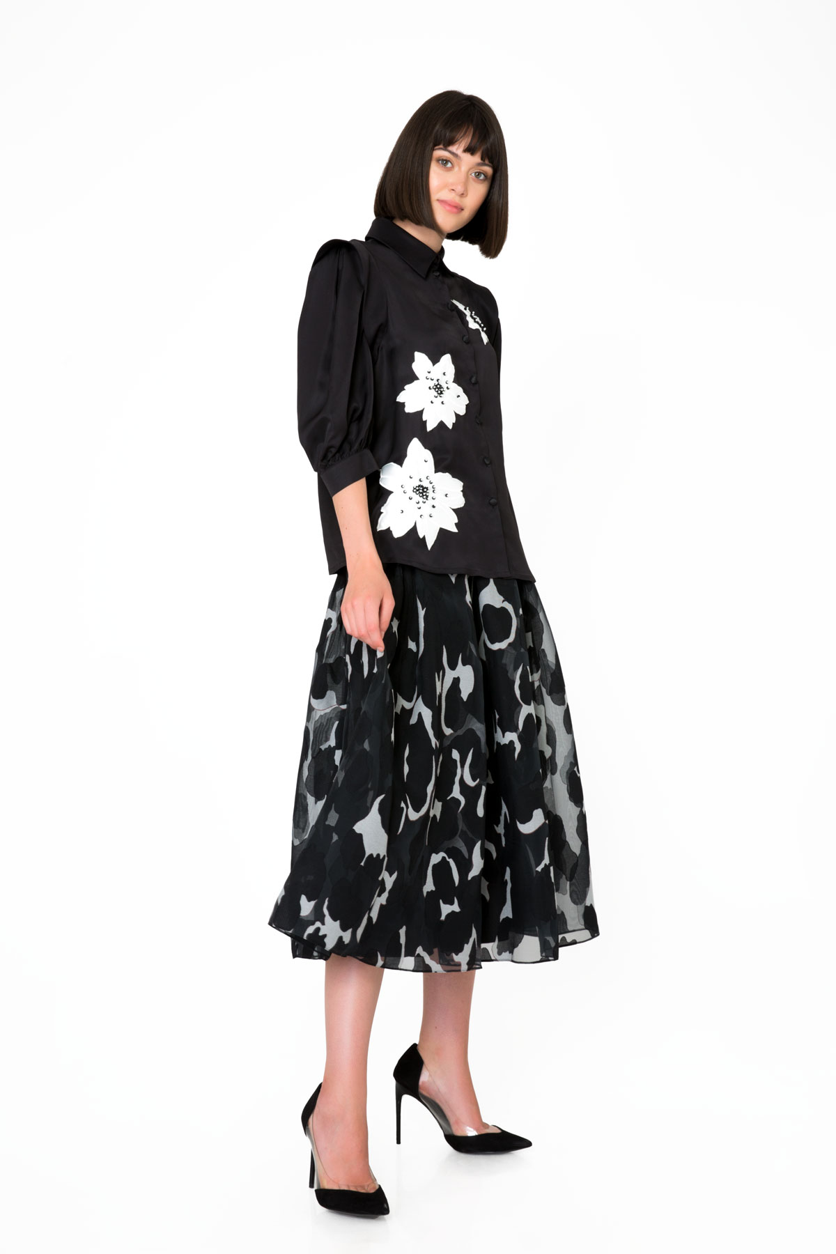 Embroidered Floral Detailed Black Shirt