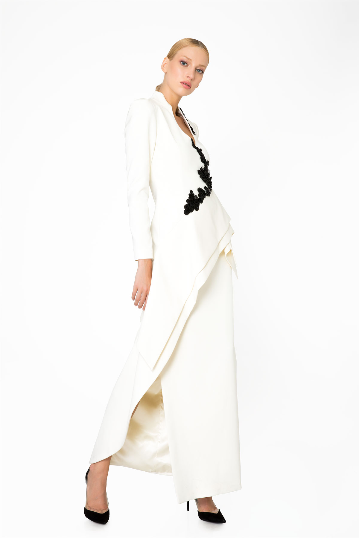 Embroidery and Stone Detailed Long Sleeve Ecru Evening Dress