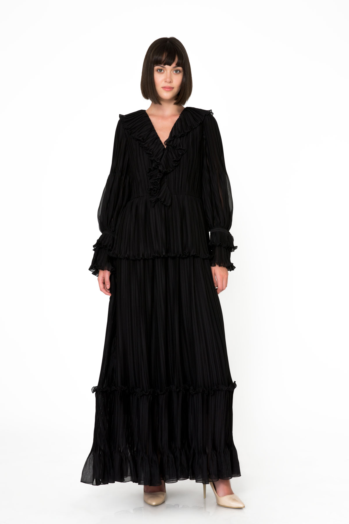 Embroidery Detailed Frilly Black Long Chiffon Dress