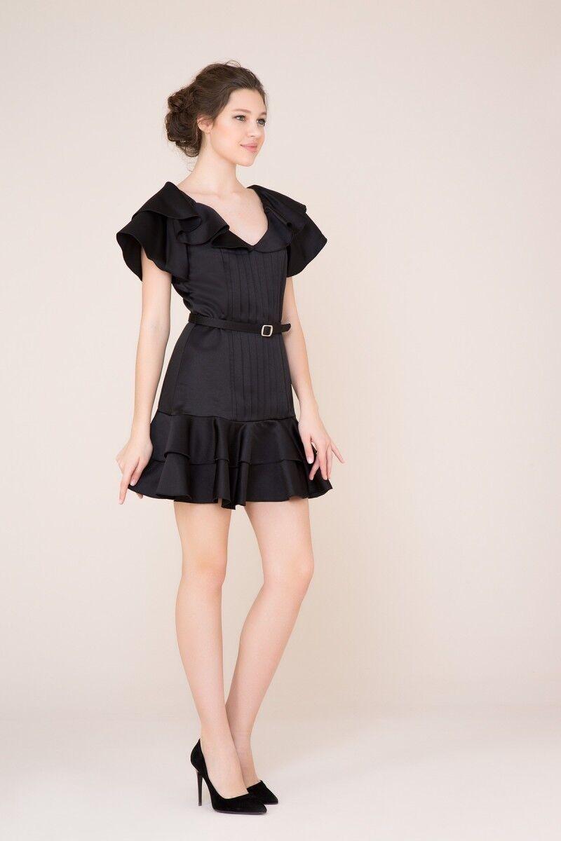 Fırfır ve Kemer Detaylı Siyah Mini Elbise