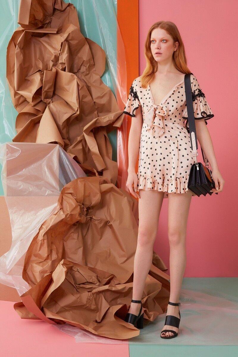 Güpür Detaylı Puantiyeli Mini Elbise