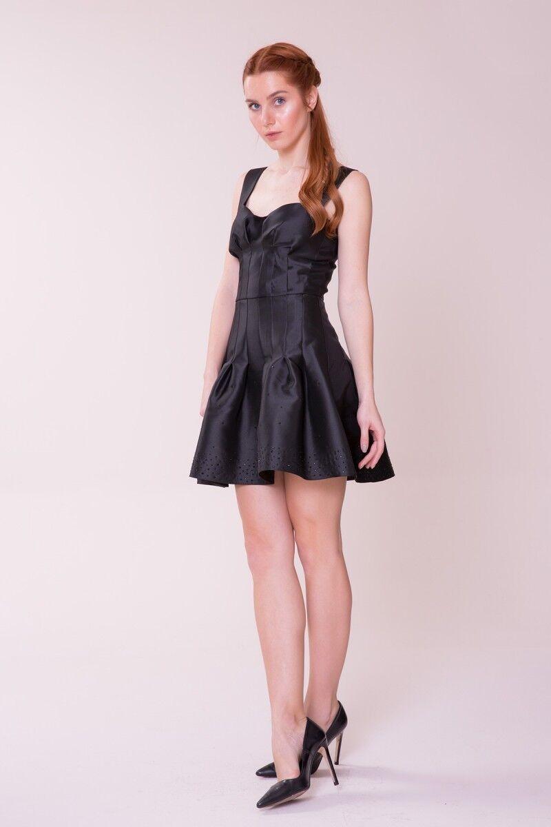 Etek Ucu Detaylı Siyah Mini Elbise