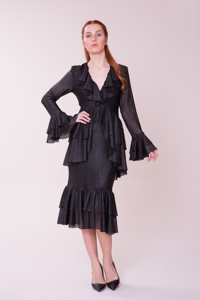 Fırfır Detaylı Siyah Midi Elbise