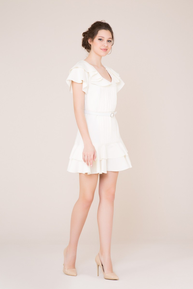 Fırfır ve Kemer Detaylı Ekru Mini Elbise