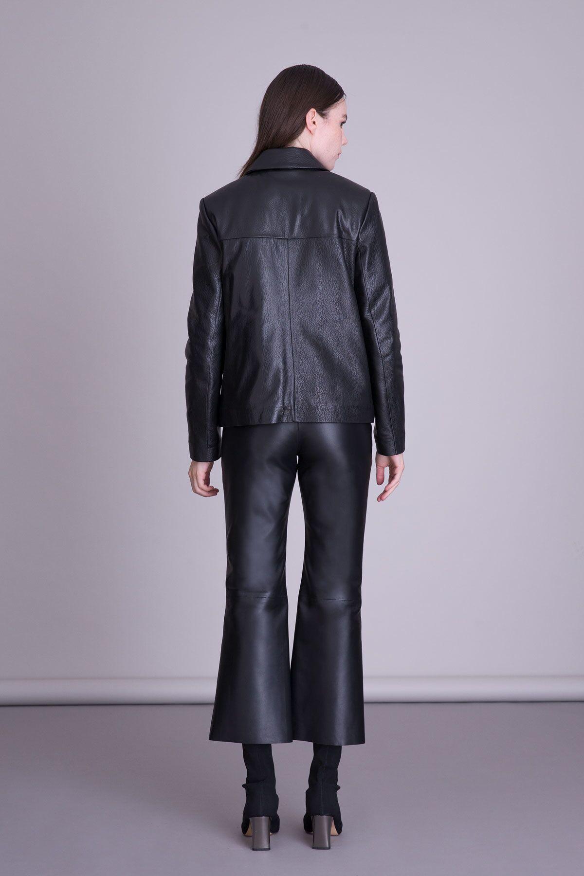 Fırfır Detaylı Siyah Deri Ceket