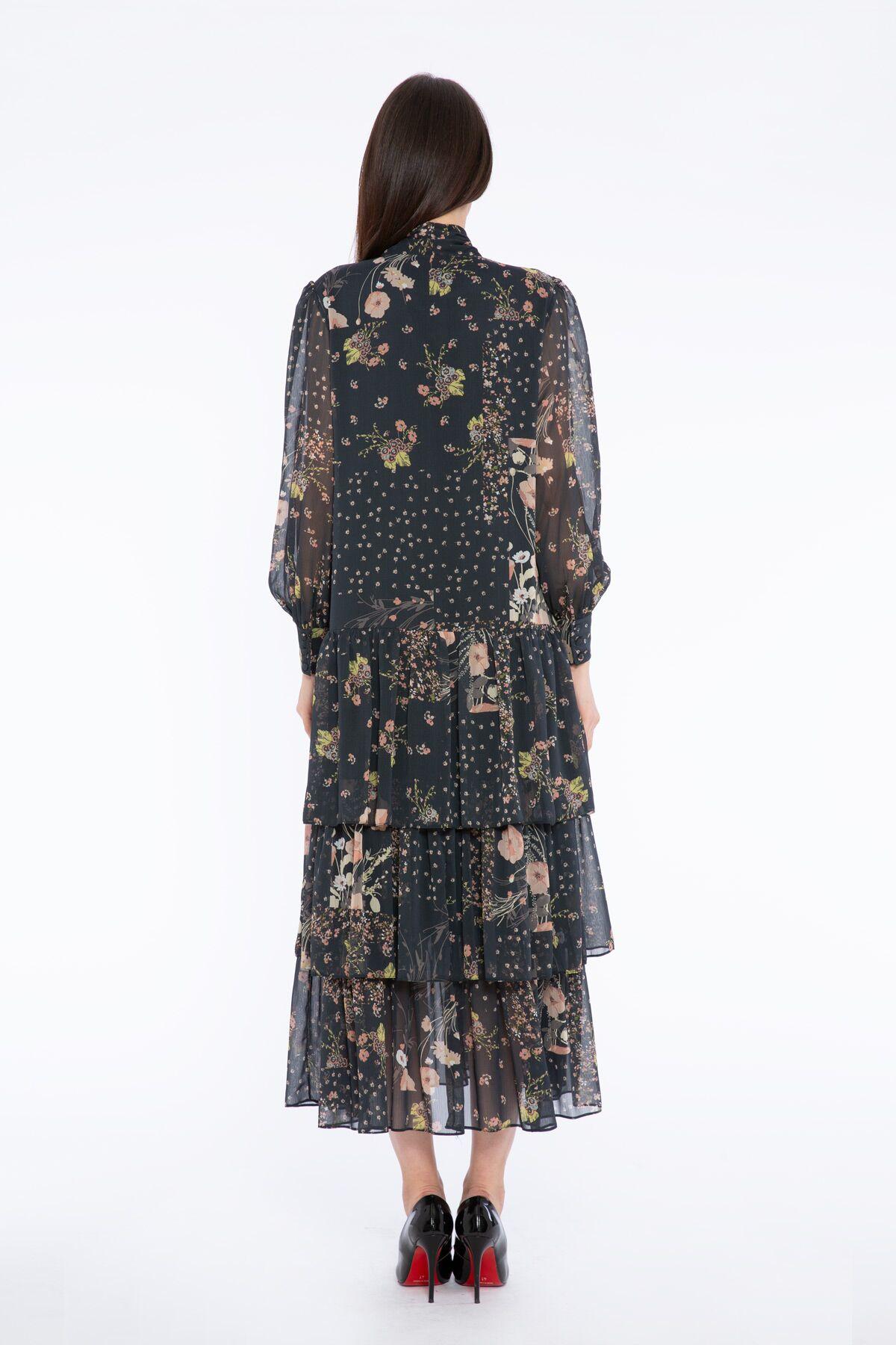 Fiyonk Yakalı Çiçek Desenli Uzun Şifon Elbise