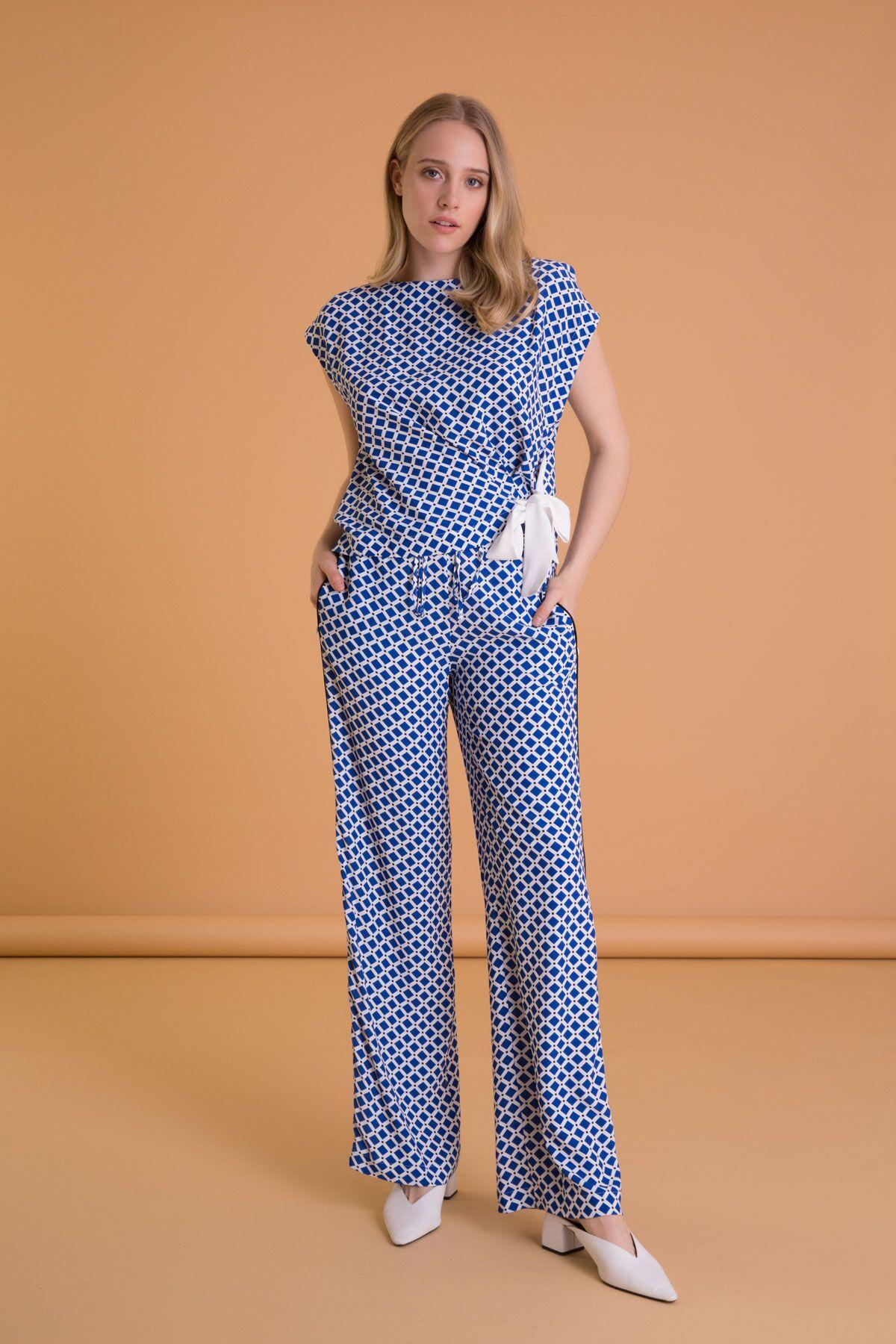 Geometrik Desenli Geniş Kesim Mavi Pantolon