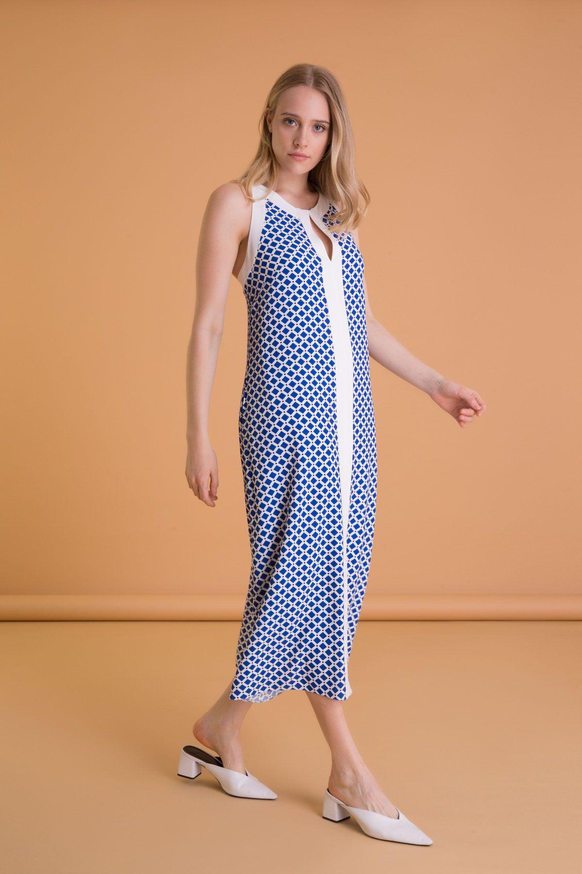 Geometrik Desenli Kolsuz Saks Mavi Uzun Elbise