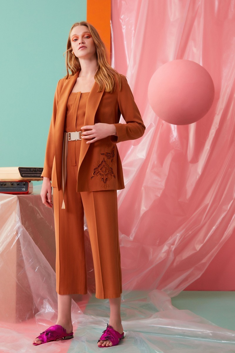 Guipure Detailed Cinnamon Colored Jacket