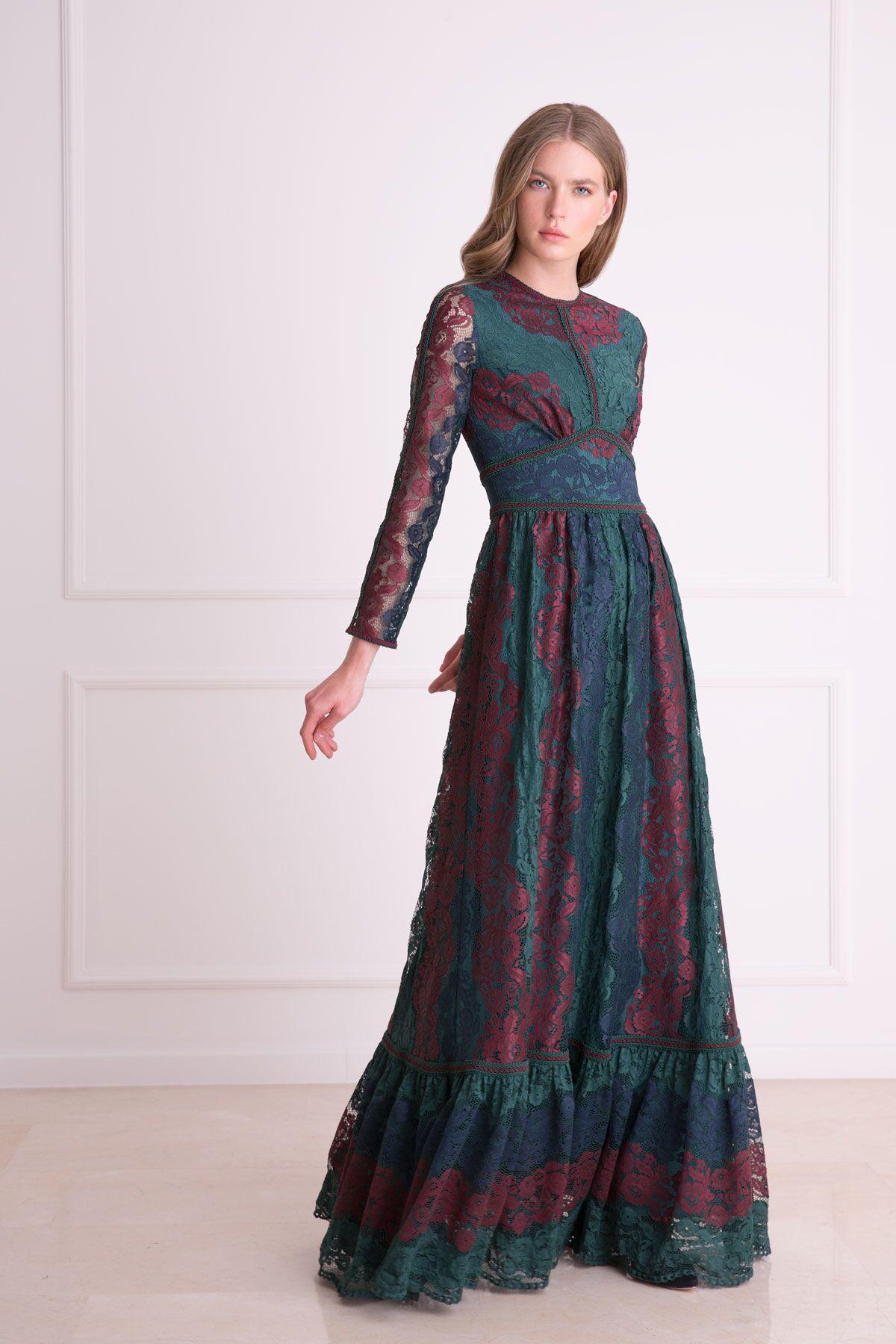 Güpür Dantel Detaylı Uzun Çok Renkli Elbise