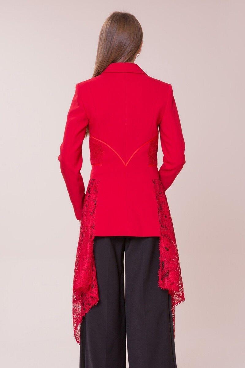 Güpür Detaylı Kırmızı Ceket